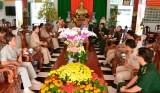 Ty Công an tỉnh Svay Rieng chúc tết Bộ đội Biên phòng Long An