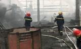 Nổ ở nhà máy luyện thép, hai công nhân nguy kịch