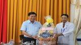 Chủ tịch UBND tỉnh Long An - Trần Văn Cần thăm và chúc tết các cơ sở y tế