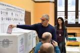 Bầu cử Quốc hội Italy: Cử tri đi bỏ phiếu bầu ra 945 nghị sỹ