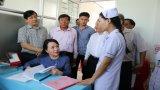 Bộ trưởng Bộ Y tế khảo sát mô hình trạm y tế điểm