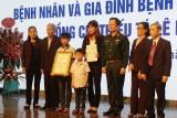 Tôn vinh Thiếu tá hiến đa tạng trong ca ghép tạng xuyên Việt