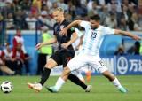 Đương kim á quân Argentina thua tan tác Croatia
