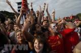 Nước Anh phát cuồng khi đội tuyển vào bán kết sau 28 năm