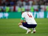 Đi sai tất, đội tuyển Anh bị FIFA phạt tiền tỉ