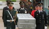 Máy bay Mỹ chở hài cốt binh sỹ rời Triều Tiên tới Hàn Quốc