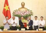 Trao Quyết định giao quyền Bộ trưởng cho ông Nguyễn Mạnh Hùng