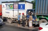 Tai nạn liên hoàn, tài xế kẹt trong ca bin