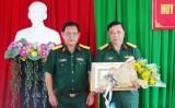 Đảng ủy Quân sự tỉnh Long An trao huy hiệu 30 năm tuổi Đảng