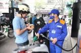 Thuế xăng dầu tăng 'kịch trần,' doanh nghiệp vận tải điêu đứng?