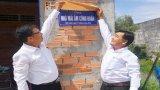 Công đoàn cơ sở Công ty Điện lực Long An trao Mái ấm công đoàn tại Tân Thạnh