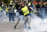 """Biểu tình """"Áo vàng"""" tái diễn bạo lực tại Pháp"""