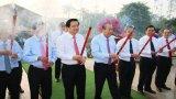 Phó Thủ tướng Thường trực Chính phủ -  Trương Hòa Bình viếng Nghĩa trang liệt sĩ tỉnh Long An
