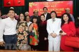 Chủ tịch Quốc hội gặp gỡ đại biểu văn nghệ sĩ khu vực phía Nam
