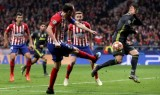 """Cặp trung vệ rủ nhau lập công, Atletico Madrid """"hạ đẹp"""" Juventus"""