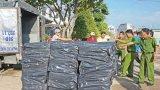 Lực lượng 389 Long An thu giữ gần 317.000 gói thuốc lá nhập lậu