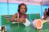 Bầu cử Thái Lan: Chính phủ cấm bán đồ uống có cồn trong 24 giờ