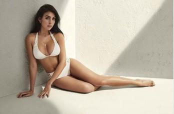 Bạn gái C.Ronaldo toả sáng với loạt ảnh bikini đầy quyến rũ