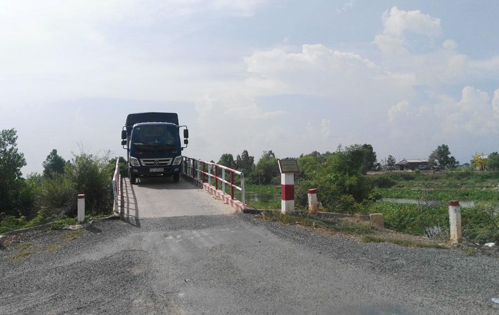 Cầu nông thôn được mở rộng, tạo thuận lợi trong vận chuyển hàng hóa, nông sản