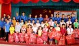 Đoàn Thanh niên hoạt động an sinh xã hội tại xã biên giới
