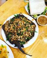 Đến Đà Nẵng đừng quên món cá đuối nướng mỡ hành