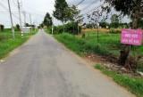 Cần Giuộc tăng cường xử lý rác thải tại các tuyến đường
