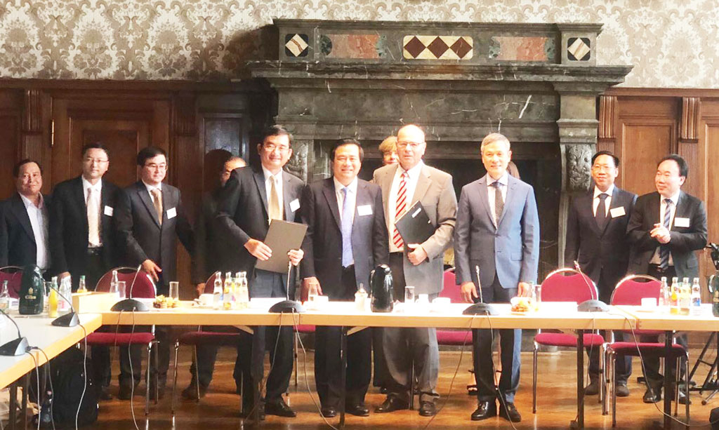 Long An and Leipzig city signed a cooperative Memorandum of Understanding (MOU)