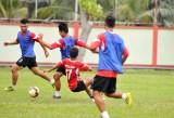 Giải bóng đá hạng Nhì quốc gia: Long An có cải thiện được vị trí sau lượt đi