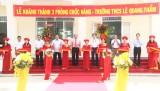 Nguyên Chủ tịch nước Trương Tấn Sang dự lễ khánh thành 3 phòng chức năng tại Trường THCS Lê Quang Thẩm