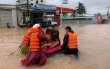 Nước bắt đầu rút ở Phú Quốc, nhưng một số nơi đang mưa tiếp