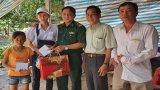 Bộ đội Biên phòng tặng quà Trung thu cho trẻ em biên giới