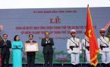 TP.Tân An được công nhận đô thị loại II và đón nhận Huân chương Lao động hạng Nhì