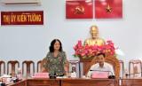 Kiểm tra công tác thực hiện 'Năm Dân vận chính quyền' tại thị xã Kiến Tường