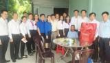 Agribank Chi nhánh tỉnh Long An chung tay chia sẻ với những hoàn cảnh khó khăn