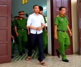 Thiếu niên lãnh 18 năm tù sau khi giết bạn gái, hiếp dâm, cướp tài sản