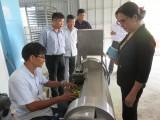 Long An: Kinh phí khuyến công hỗ trợ HTX Mỹ Bình ứng dụng máy cắt lát và sấy khô trái nhàu