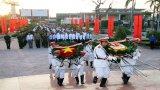 Long An: Viếng Nghĩa trang liệt sĩ tỉnh nhân Ngày Thành lập Quân đội Nhân dân Việt Nam