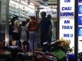 Long An: Người dân đổ xô mua khẩu trang kháng khuẩn, nước rửa tay