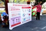 Cần Đước: Lắp pa-nô tuyên truyền phòng, chống dịch virus Corona