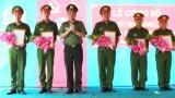Công bố quyết định thành lập Công an thị trấn Bình Phong Thạnh