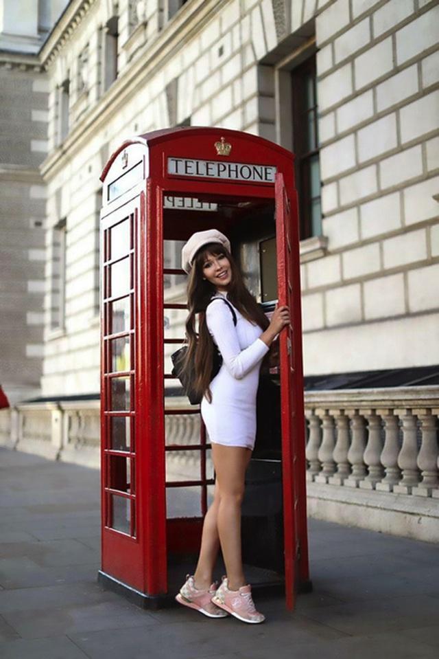 Maria Liman hiện đã chuyển tới sống tại London, nước Anh