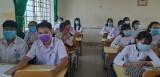 Long An: Học sinh lớp 9 và lớp 12 đi học lại từ ngày 27/4