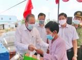 Phó Thủ tướng Trương Hòa Bình dự lễ ra mắt ATM gạo tại Cần Giuộc