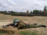 Huấn luyện chiến sĩ mới bằng tình thương và trách nhiệm