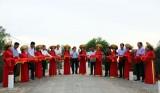 Nguyên Chủ tịch nước – Trương Tấn Sang dự Lễ khánh thành cầu, cống tại Đức Huệ