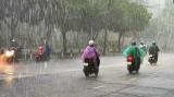 Thời tiết 23/5: Hà Nội có mưa vừa, mưa to, nam bộ nắng nóng