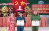 Khen thưởng 5 cá nhân có thành tích xuất sắc trong truy bắt tội phạm