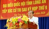 Phó Thủ tướng Thường trực Chính phủ - Trương Hòa Bình tiếp xúc cử tri Tân Trụ