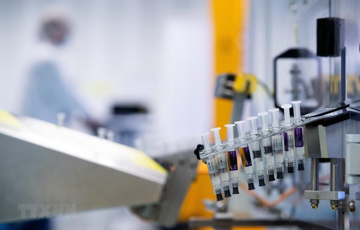 Vắcxin phòng COVID-19 do tập đoàn dược phẩm Sanofi nghiên cứu tại Val de Reuil, Pháp, ngày 10/7/2020. (Ảnh: AFP/TTXVN)