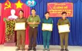 Khen thưởng đột xuất 3 cá nhân bắt trộm tại Cần Đước